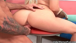 soccer milf viki la vie satisfies her cum hungry pussy and mouth