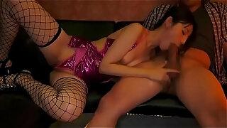 japanese beauty kana morisawa makes everyone cum inside her mouth