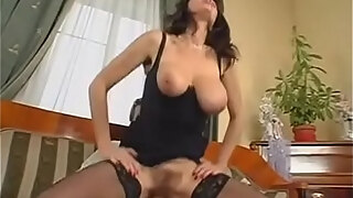 the huge boobs of my mother dealingporn com