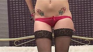 joanna white fucks her pussy in sexy stockings amp heels