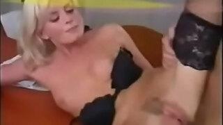 italiana blond anal maturas scenes