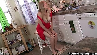 don039 t tell hubby that i masturbate in the kitchen