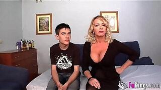 biggest milf club bibian norai boobs are bigger than jordi039 s head